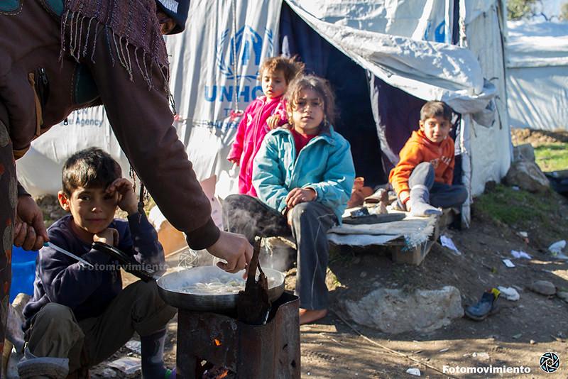 Migranci w obozie Moria