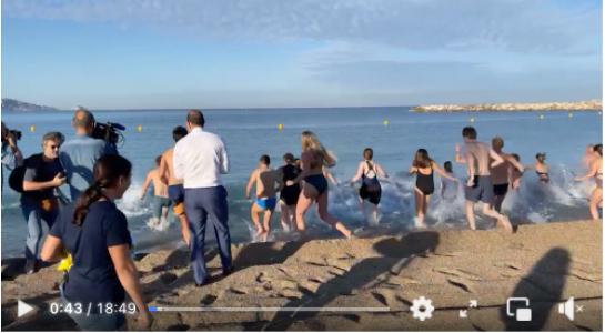 Ein Screenshot von dem Facebook Live Video ist zu sehen.