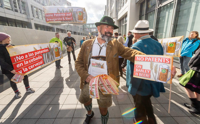 Protestaktion gegen Patente auf Bier in München