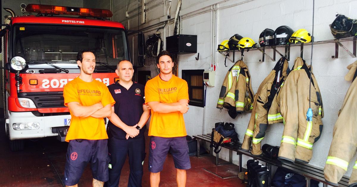Julio, Manuel und Enrique auf der Feuerwehrwache in Seville